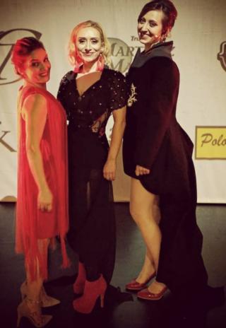 CERTAMEN DE DANZA con Alba Frechilla y Lola Eiffel